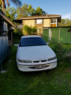 Holden vs ute 5 speed manual