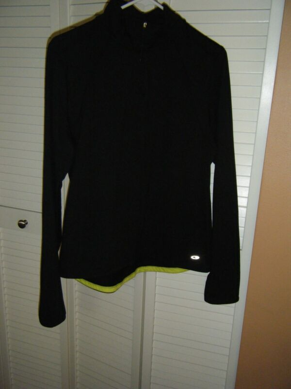 CHAMPION LONG SLEEVE BLACK LARGE ZIP NECK TURTLE NECK WITH GREEN ACCENT REFLECT