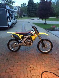 Dirt bike for sale MINT!!