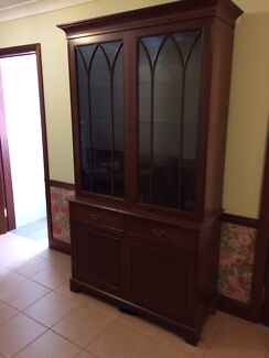 Dining room dresser /hutch Mount Colah Hornsby Area Preview