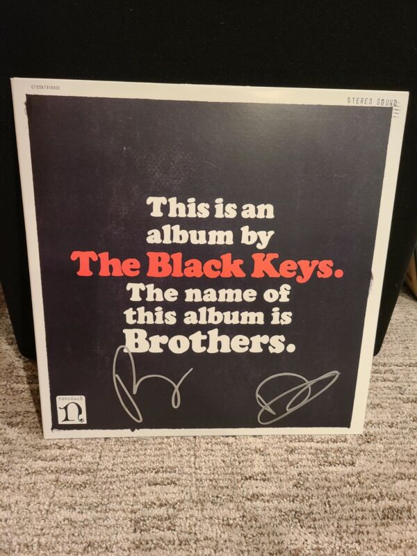 BLACK KEYS - BROTHERS FULLY SIGNED VINYL RECORD W/ EXTRAS AND PROOF
