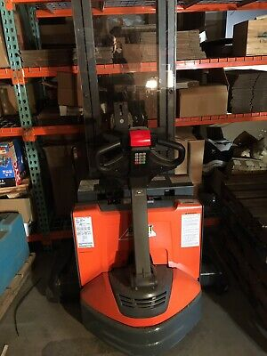 Toyota Electric Walkie Stacker Forklift 2500lb Walk Behind. Lift Height 143