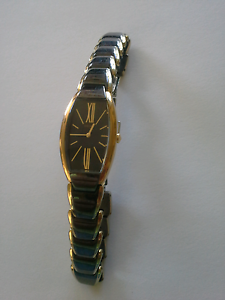 Ladies Seiko Blk/Gold/TT Band/Dress Watch Claremont Glenorchy Area Preview
