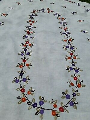 """BEAUTIFUL VINTAGE TABLECLOTH OVAL / LINEN-COTTON BLEND HAND PAINTED.  90""""×63"""""""