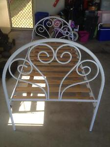 Single bed frame Boronia Heights Logan Area Preview