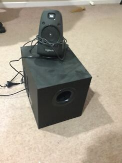 Logitech speaker system z623 Nerang Gold Coast West Preview