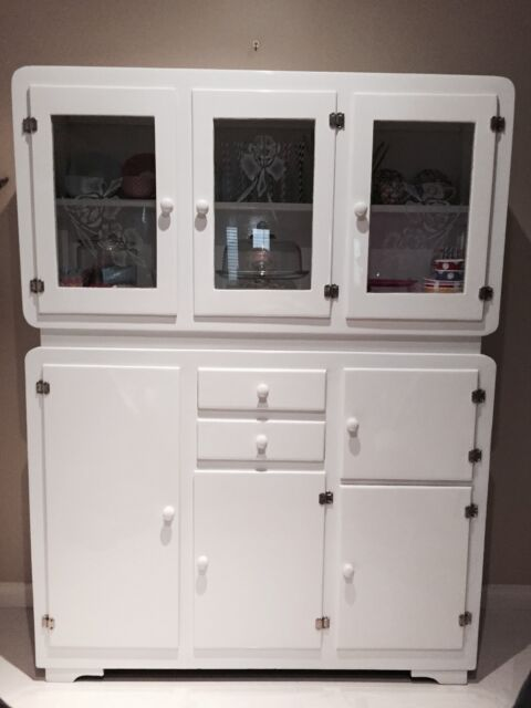 Vintage 1920s kitchenette cabinets gumtree australia for Kitchen cabinets gumtree