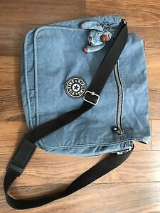 Kipling cross body with monkey keychain