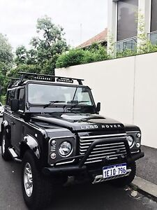 Land Rover Defender 90 2014 - VIC Registered Southbank Melbourne City Preview
