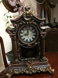 Beautiful table clock with antique look