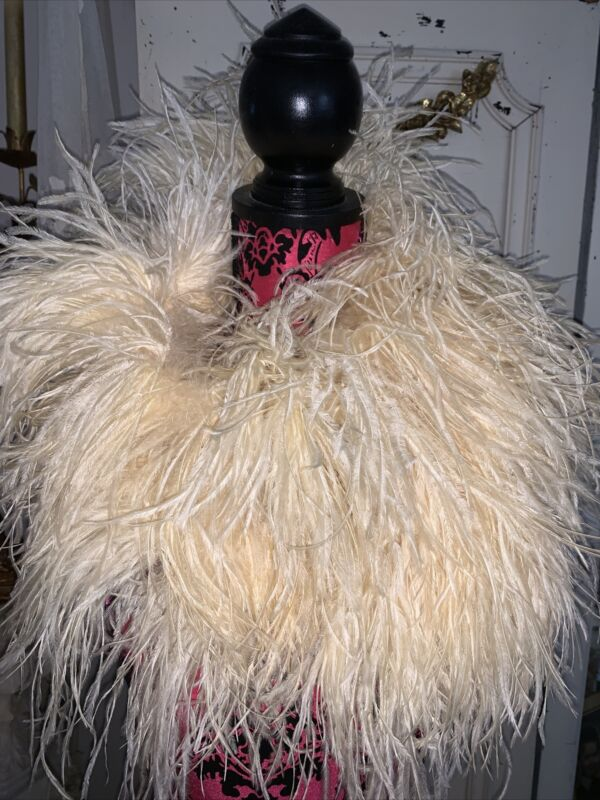 VTG Luxury Thick Ivory Ostrich Feather Boa