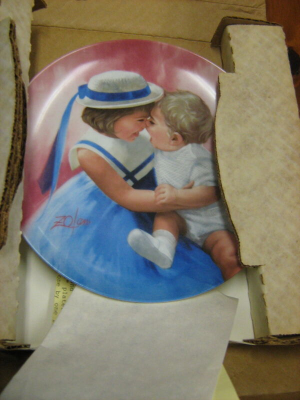ZOLAN Collector Plate (shows little girl with baby)