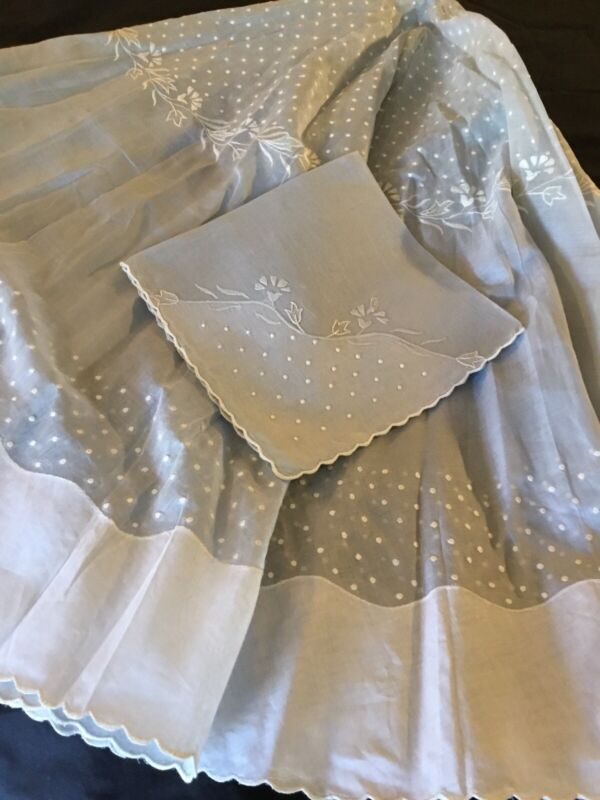 """Lovely Rare Vtg 72"""" Round Organdy Tablecloth & 8 Napkins Beautiful Hand Work"""