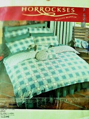 King Size Reversible Pattern Horrockses Quilt Cover with 2 pillowcases,