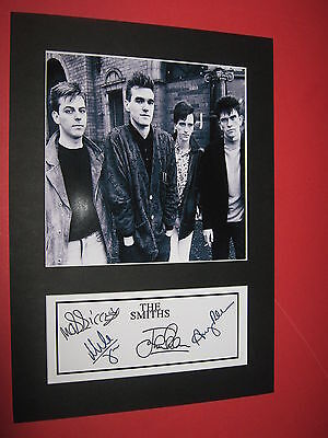 THE SMITHS MORRISSEY JOHNNY MARR A4 PHOTO MOUNT SIGNEDPRINTED TICKET CD