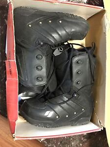 Flow Snowboard Boots Size 8