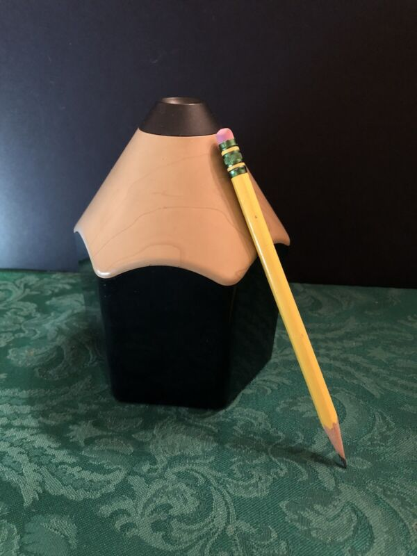 Battery Operated Electronic Pencil Sharpener Shaped like a Pencil