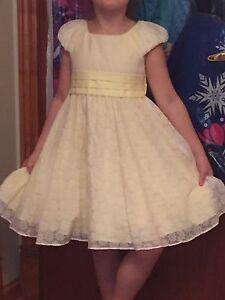 Beautiful Girls Dress Size 5