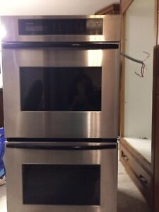 NEW PRICE!! Thermador Double Oven