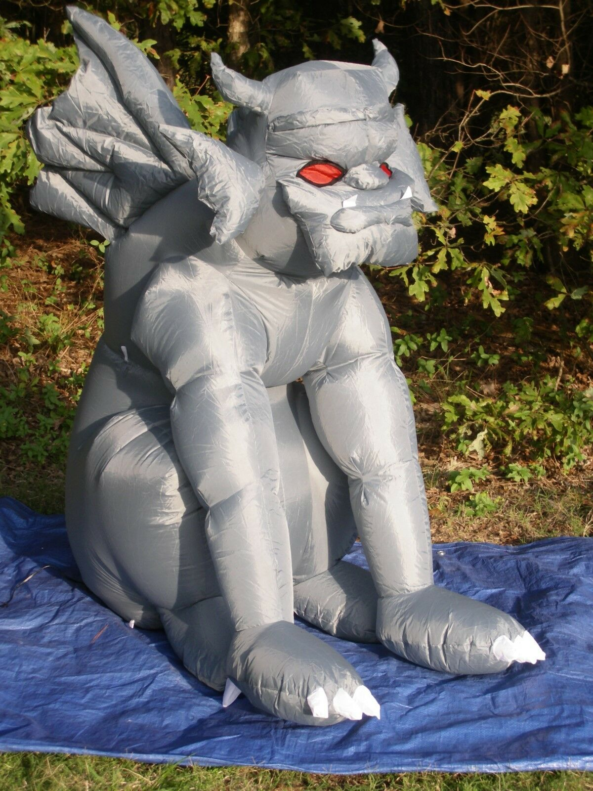 4-1/2' Tall Gemmy Lighted Haunted Gargoyle Halloween Airblown Inflatable