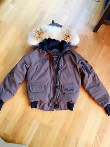 Authentic Canada Goose (Brown) (Adult S)