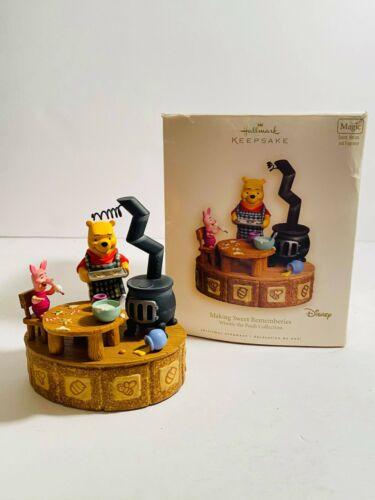 Hallmark Keepsake Disney Making Sweet Rememberies Winnie the Pooh Collection