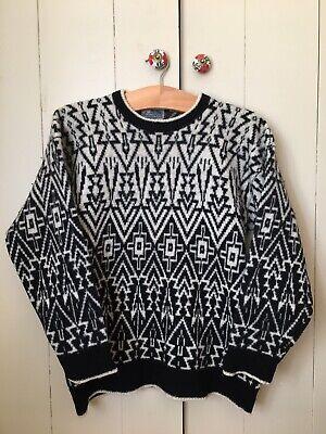 Black And White Aztec Print 100% Pure Wool Vintage Jumper