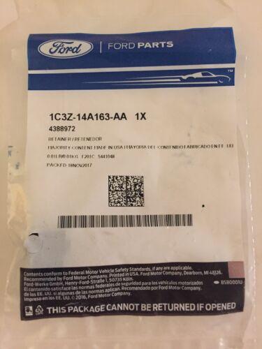 OEM NEW Genuine Ford F250 F350 F450 F550 Super Duty Retainer 1C3Z14A163AA