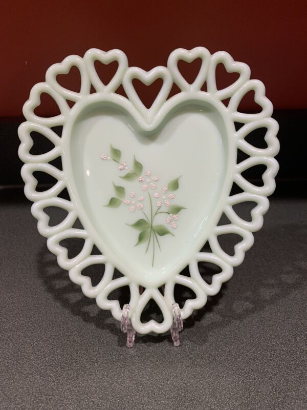 Vintage Westmoreland Glass Jadeite Green Hand Painted Heart Dish Plate