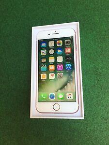 iPhone 7 32gb Rose Gold Unlocked 3 weeks old Mount Gravatt Brisbane South East Preview