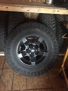 "35"" Tires/rims off 2014 Jeep Wrangler"