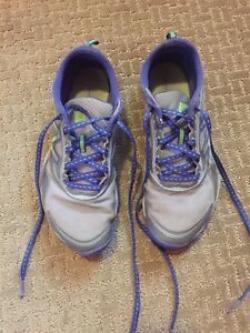 Girls New Balance Running Shoes For Sale, Size Girls 7