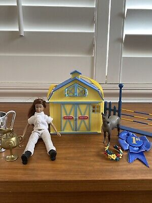 Breyer Will, Accessories And Stablemates Pocket Barn