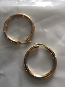 New tri- colour 18k Saudi ( yellow, white and rose) gold ,