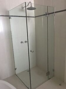 New shower 90x90x195cm Dandenong North Greater Dandenong Preview