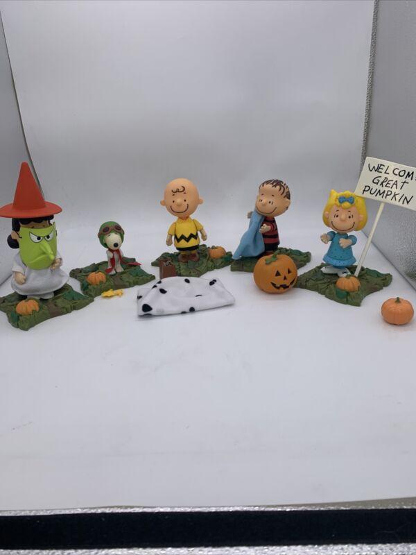Peanuts Memory Lane Halloween It