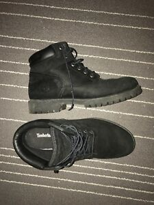 Black timberlands for 70$