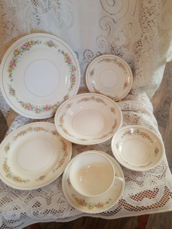 7 Pc 1940s Homer Laughlin Eggshell Georgian CASHMERE Place Setting