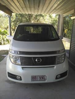 Nissan Elgrand Van/Camper