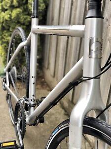 GIANT SEEK hybrid road bike