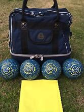 Taylor Blaze Lawn Bowls Size1  Gripped As New Condition with bag McLaren Vale Morphett Vale Area Preview