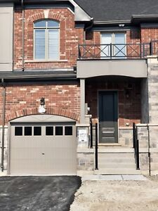 BRAND NEW NEVER LIVED IN BEAUTIFUL TOWNHOUSE FOR LEASE