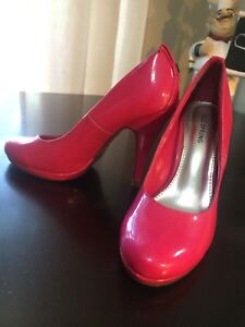 Size 7 PINK High Heels From Spring