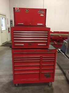 Mac Tools MB9000 Road box and bottom roller