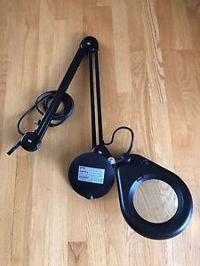 """Full Spectrum Magnifier Clamp Lamp Black 5"""" diameter 3x diopter"""