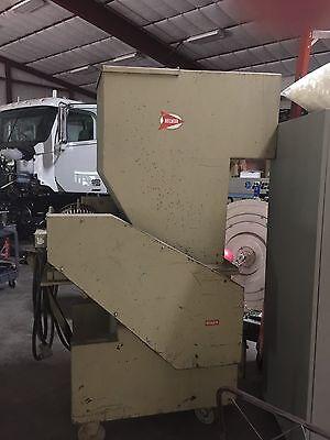Nelmor Granulator Model G1620M1 16x20 Hopper 20 HP Motor