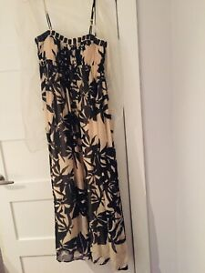 Gorgeous Bcbg occasion dress size 4 used once