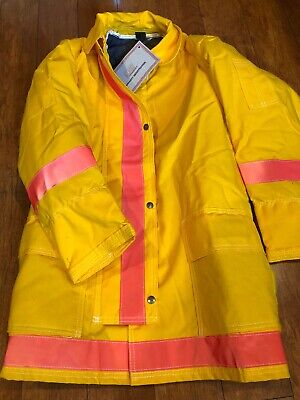 Globe 32x20 Firefighter Jacket Coat. New With Tags. Size Small