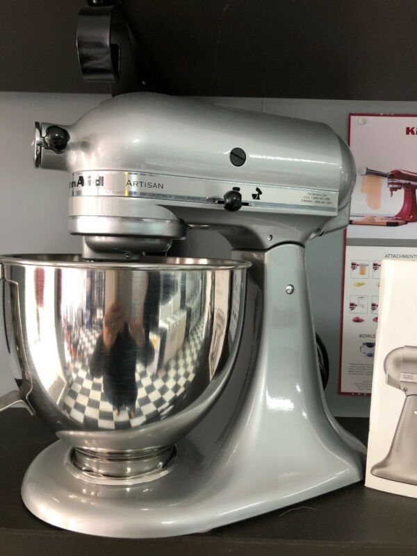 KitchenAid Artisan Series Tilt-Head Stand Mixer Metallic Chrome KSM150PSMC