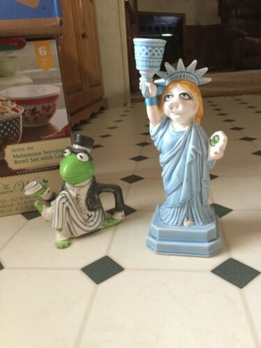 Kermit the Frog Ceramic Creamer by SIGMATastesetter &MISS PIGGY STATUE CANDLE H